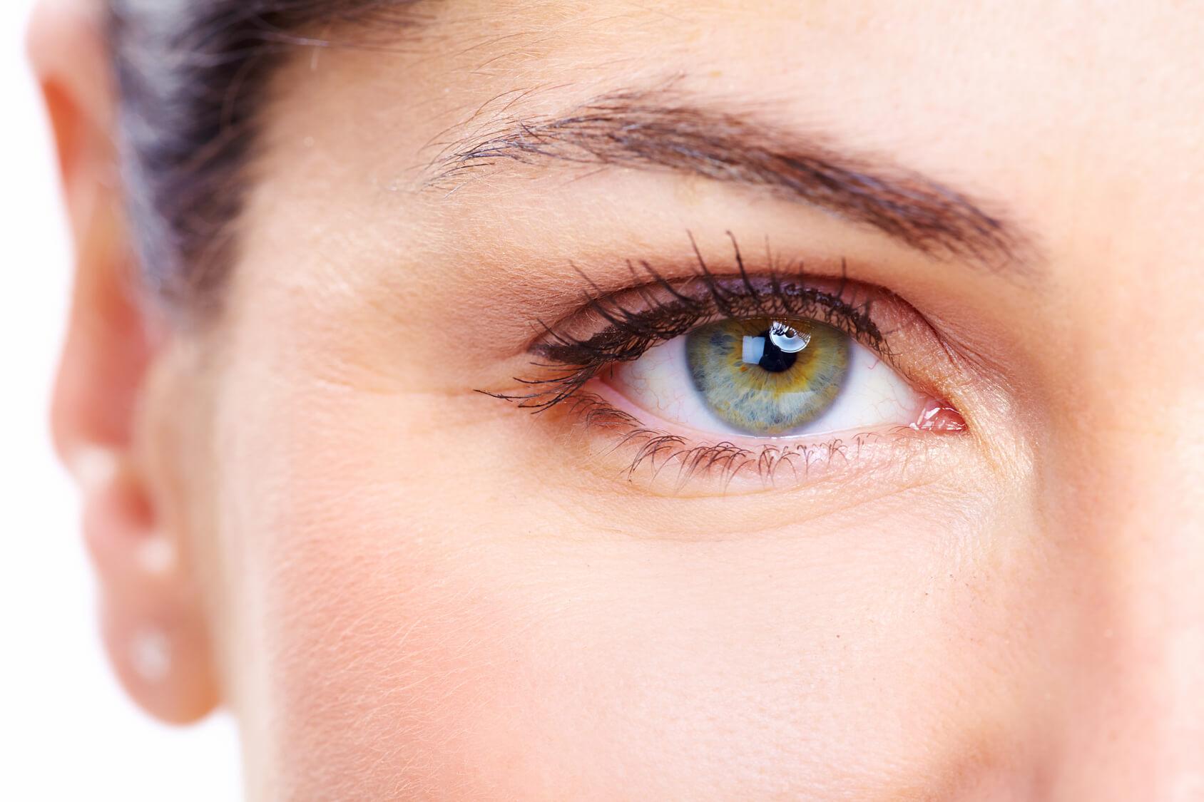 bg-eyes-skin
